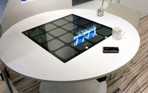 Solar-contactless-charging-table-panasonic-1